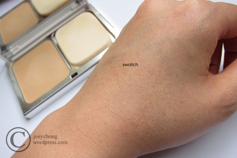 clarins hydra luminous powder foundation review