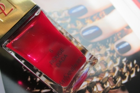 Yves Saint Laurent La Lacquer COUTURE In 6 Rouge Dada