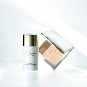 NEW Clé de Peau BEAUTÉ Brightening Enhancer Base & Powder Foundation