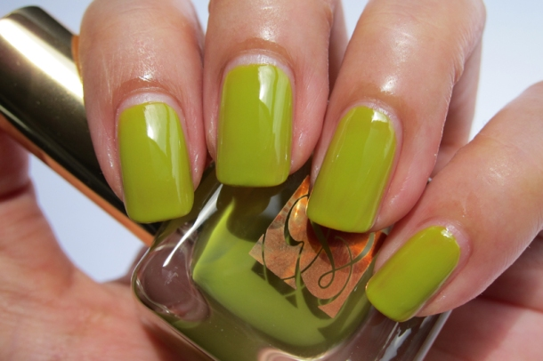 EL Heavy Petals Nail Lacquer Collection - 4 Absinthe