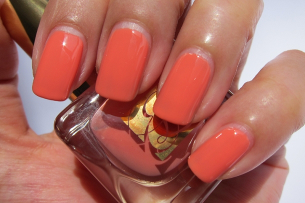 EL Heavy Petals Nail Lacquer Collection - 7 Coral Cult