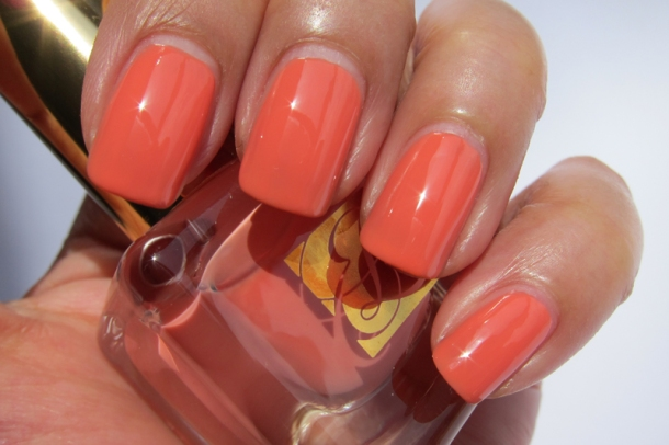 EL Heavy Petals Nail Lacquer Collection - 8 Coral Cult