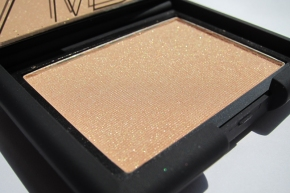 NARS Highlighting Blush Powder In Satellite OfLove