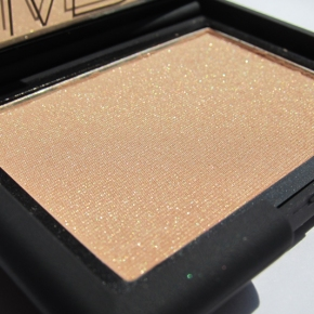 NARS Highlighting Blush Powder In Satellite Of Love