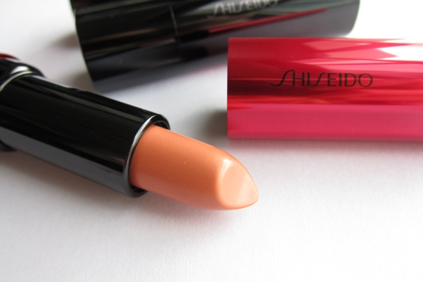 Shiseido Perfect Rouge Tender Sheer In BE 302 Topaz (3)