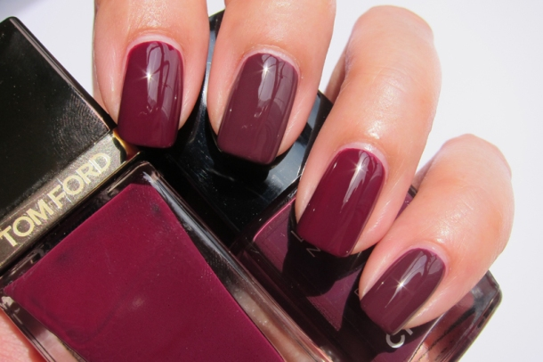 Tom Ford Nail Lacquer In 09 Plum Noir (7)
