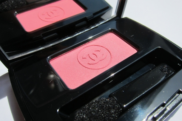 Chanel Ombre Essentielle In Rose Favourite (2)