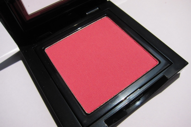 Bobbi Brown Blush In 6 Apricot (1)