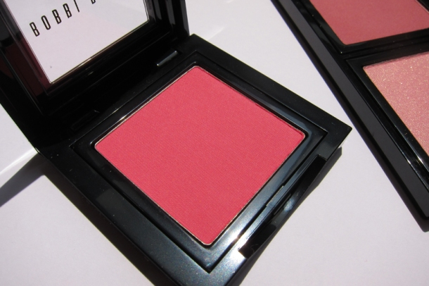 Bobbi Brown Blush In 6 Apricot (2)
