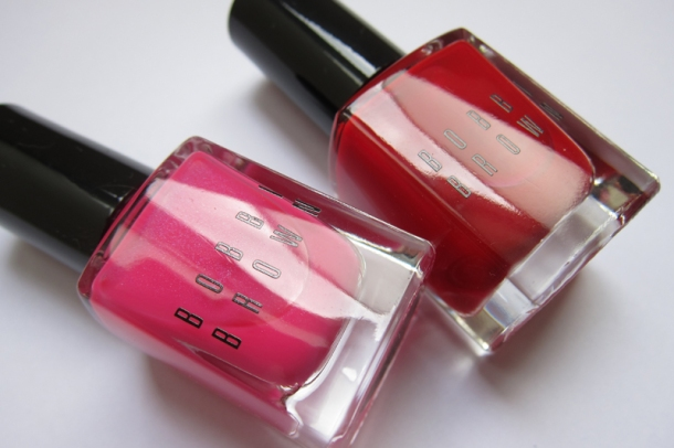 Bobbi Brown Nail Polish In Pink Valentine & Valentine Red (1)
