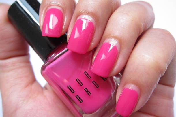 Bobbi Brown Nail Polish In Pink Valentine & Valentine Red (2)