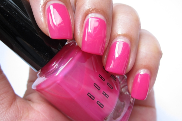 Bobbi Brown Nail Polish In Pink Valentine & Valentine Red (3)