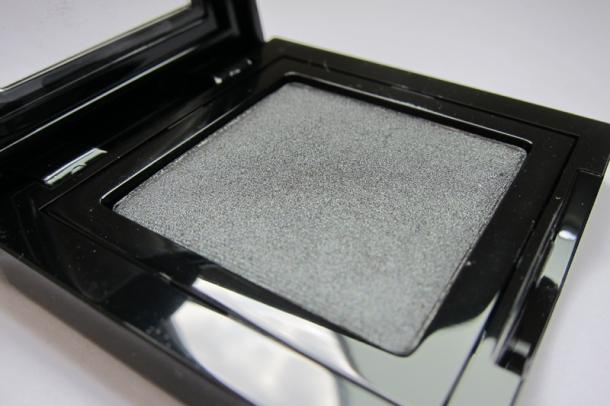 Bobbi Brown Shimmer Wash Eyeshadow In 3 Gunmetal (1)