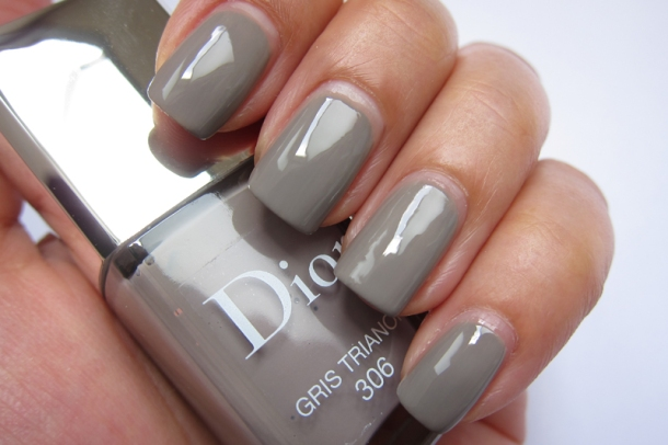 Dior Vernis In 306 Gris Trianon & 355 Rosy Bow (2)
