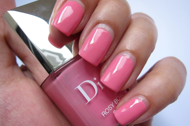 Dior Vernis In 306 Gris Trianon & 355 Rosy Bow (3)