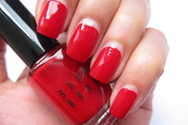 Bobbi Brown Nail Polish In Pink Valentine & Valentine Red (5)