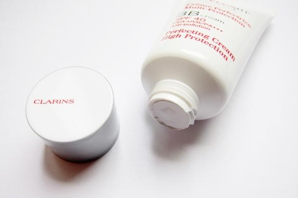 Clarins UV Plus HP Perfecting BB Cream SPF 40 (6)