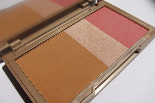Urban Decay NAKED Flushed (2)