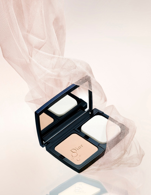 Diorskin Forever Extreme Control Compact Powder (1)
