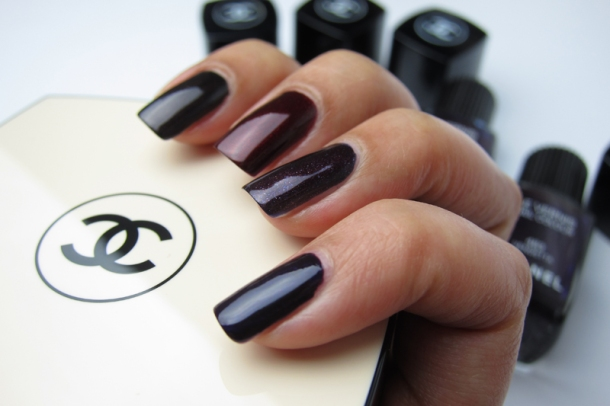 Chanel Le Vernis In 583 Taboo (7)