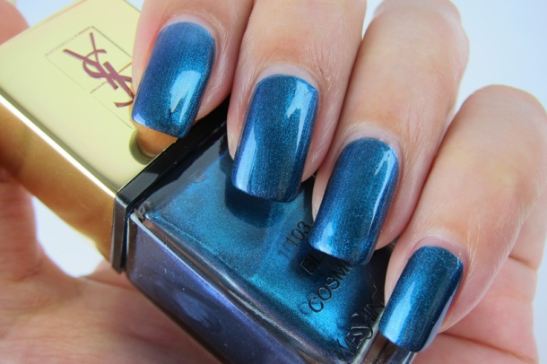 YSL La Lacquer COUTURE In 103 Bleu Cosmique (4)