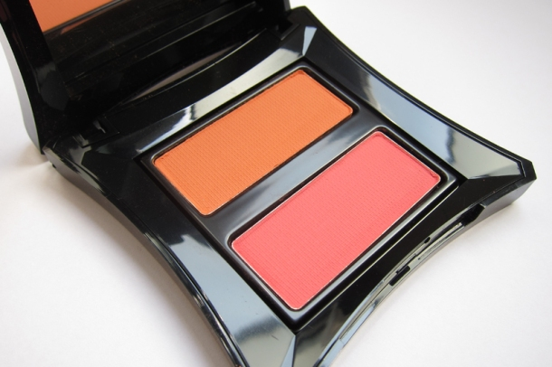 Illamasqua Powder Blush Duo (Lover & Hussy) (1)