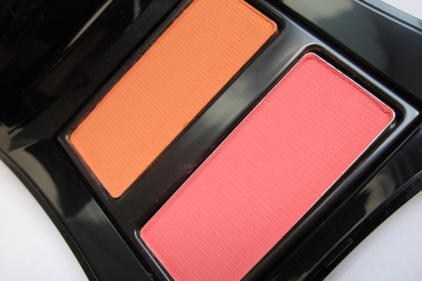 Illamasqua Powder Blush Duo (Lover & Hussy) (4)