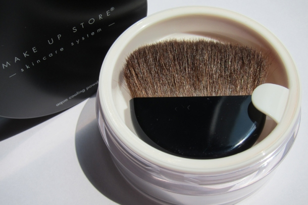 Make Up Store Aqua Cooling Powder (1)