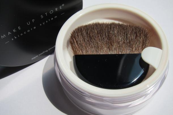 Make Up Store Aqua Cooling Powder (1)